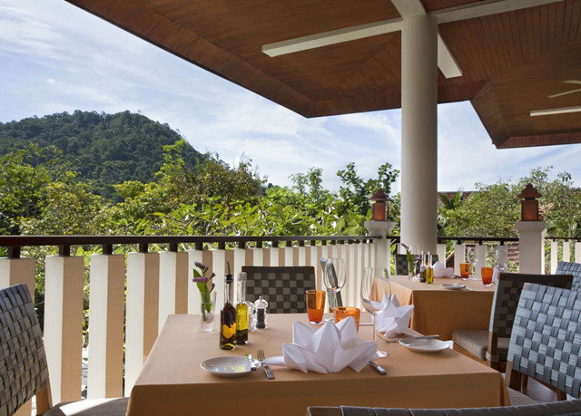 property house home Resort Villa restaurant Dining cottage outdoor structure hacienda overlooking Deck