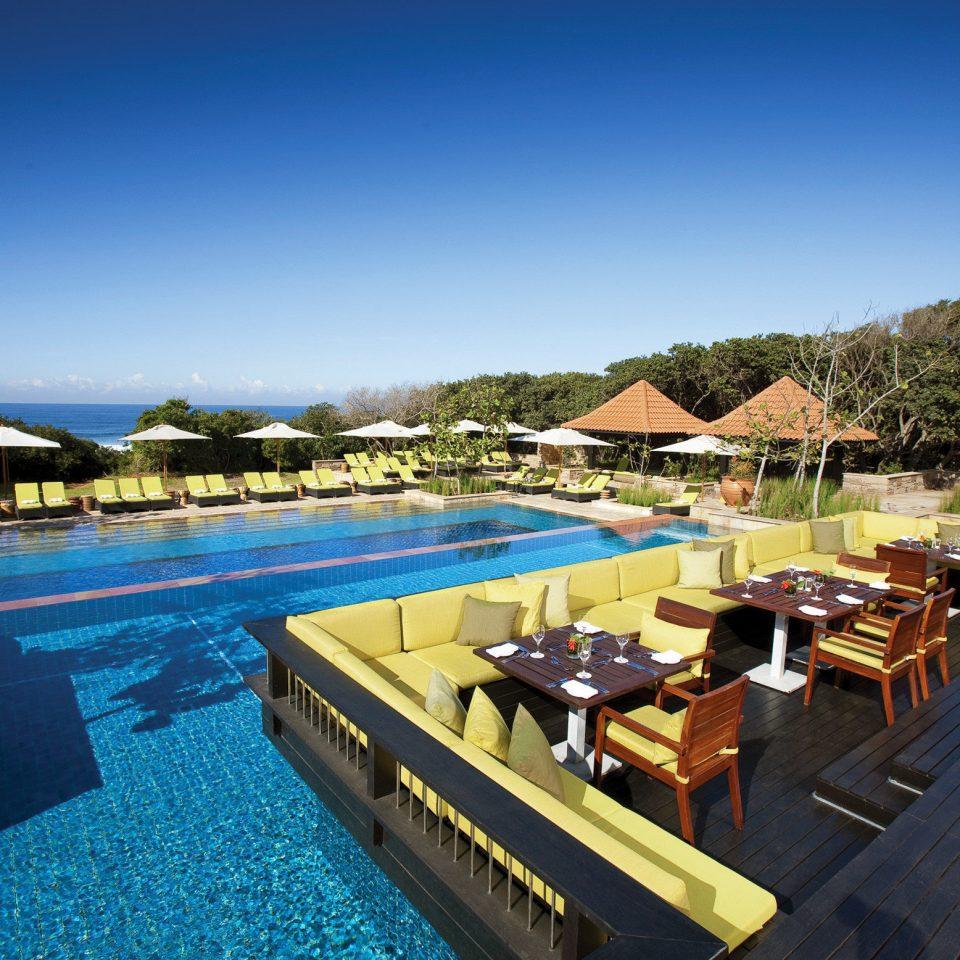 Drink Eat Lounge Pool sky swimming pool leisure Resort Villa dock Deck