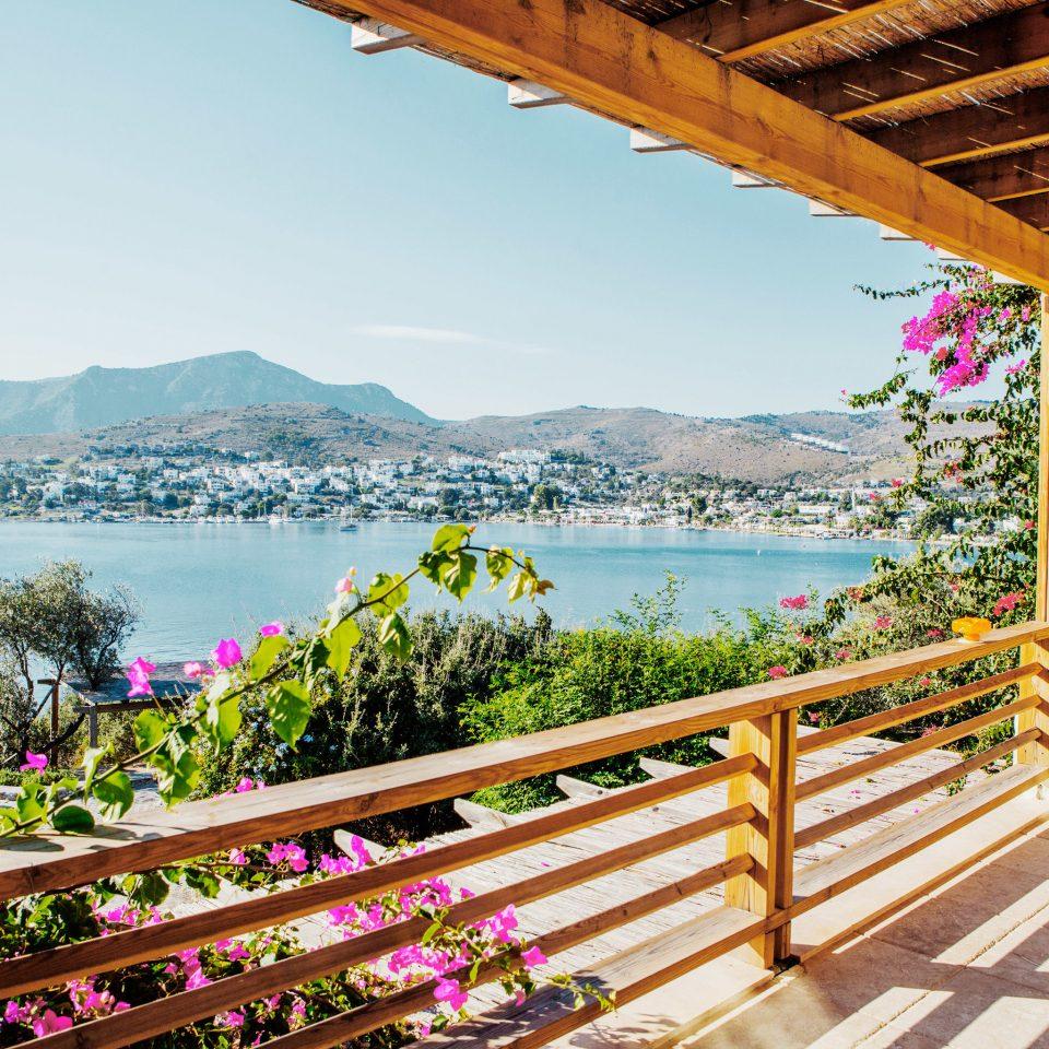 Fence bench sky building wooden leisure Resort park mountain Deck porch overlooking Garden