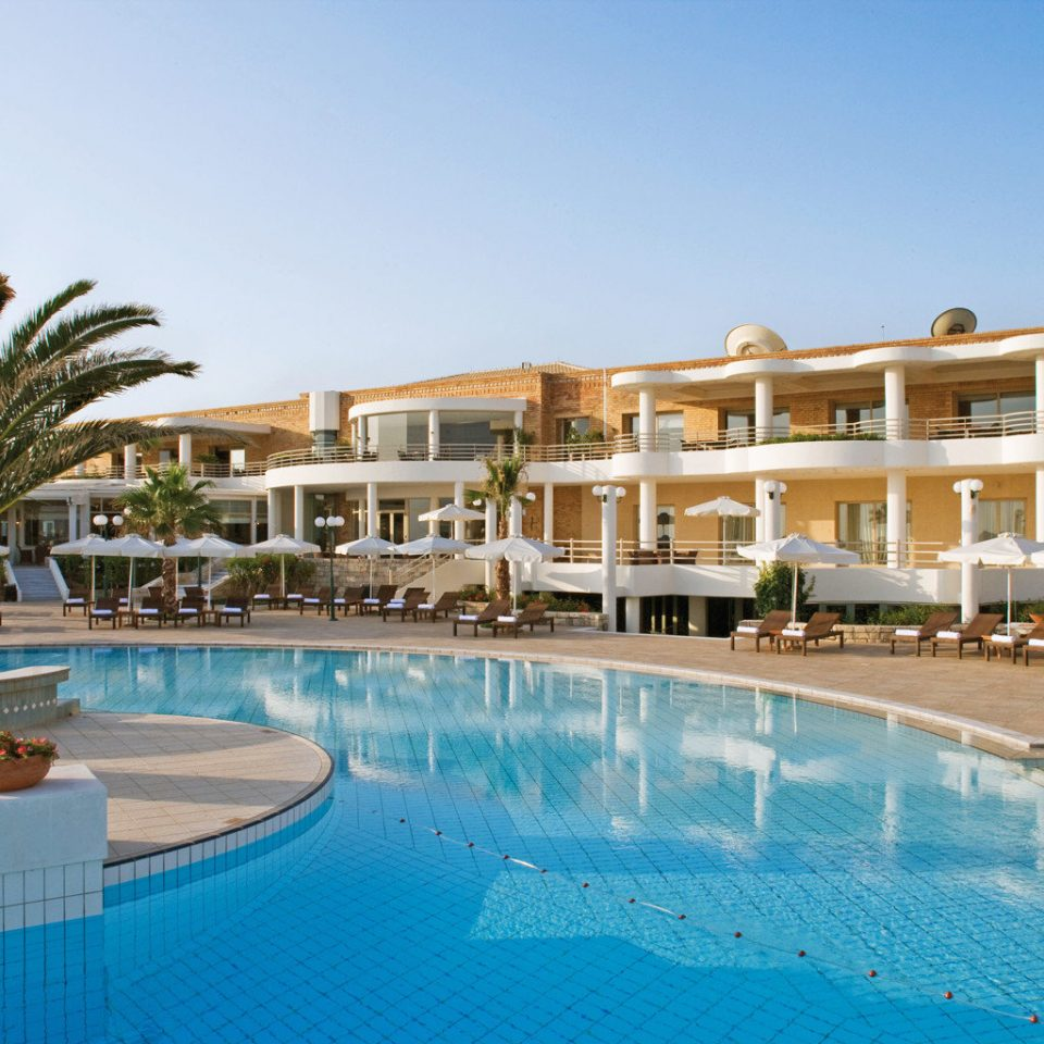 Deck Honeymoon Modern Pool Resort Romance sky swimming pool property condominium Villa resort town home swimming