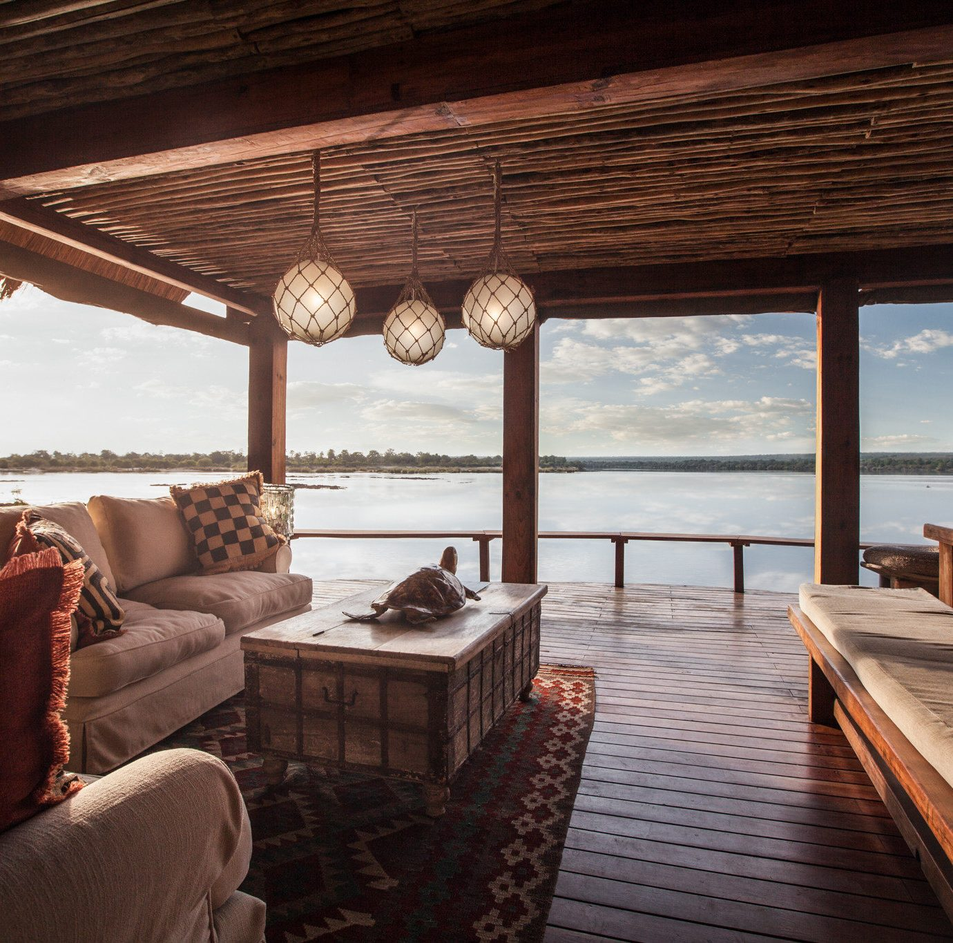 Hotels Safaris property home porch Resort outdoor structure house living room cottage Patio Deck