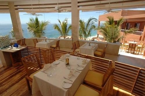 property building Resort restaurant yacht Villa condominium cottage Deck Island