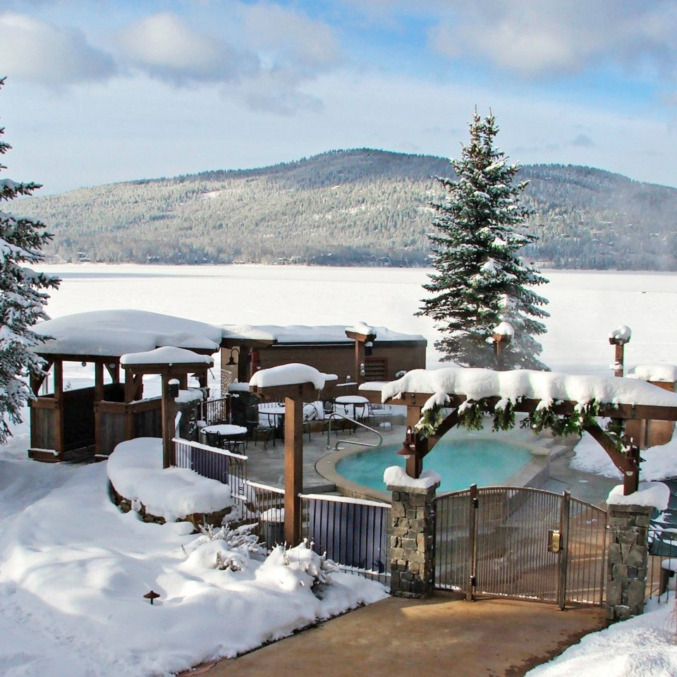 Lodge Nature Outdoor Activities Outdoors Pool Rustic sky snow tree Winter weather building season Resort ice Deck