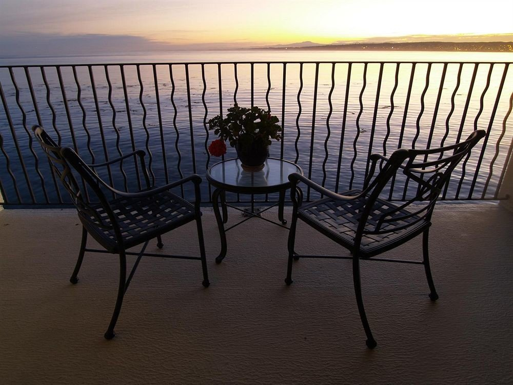Lounge Luxury Scenic views sky chair outdoor structure Deck