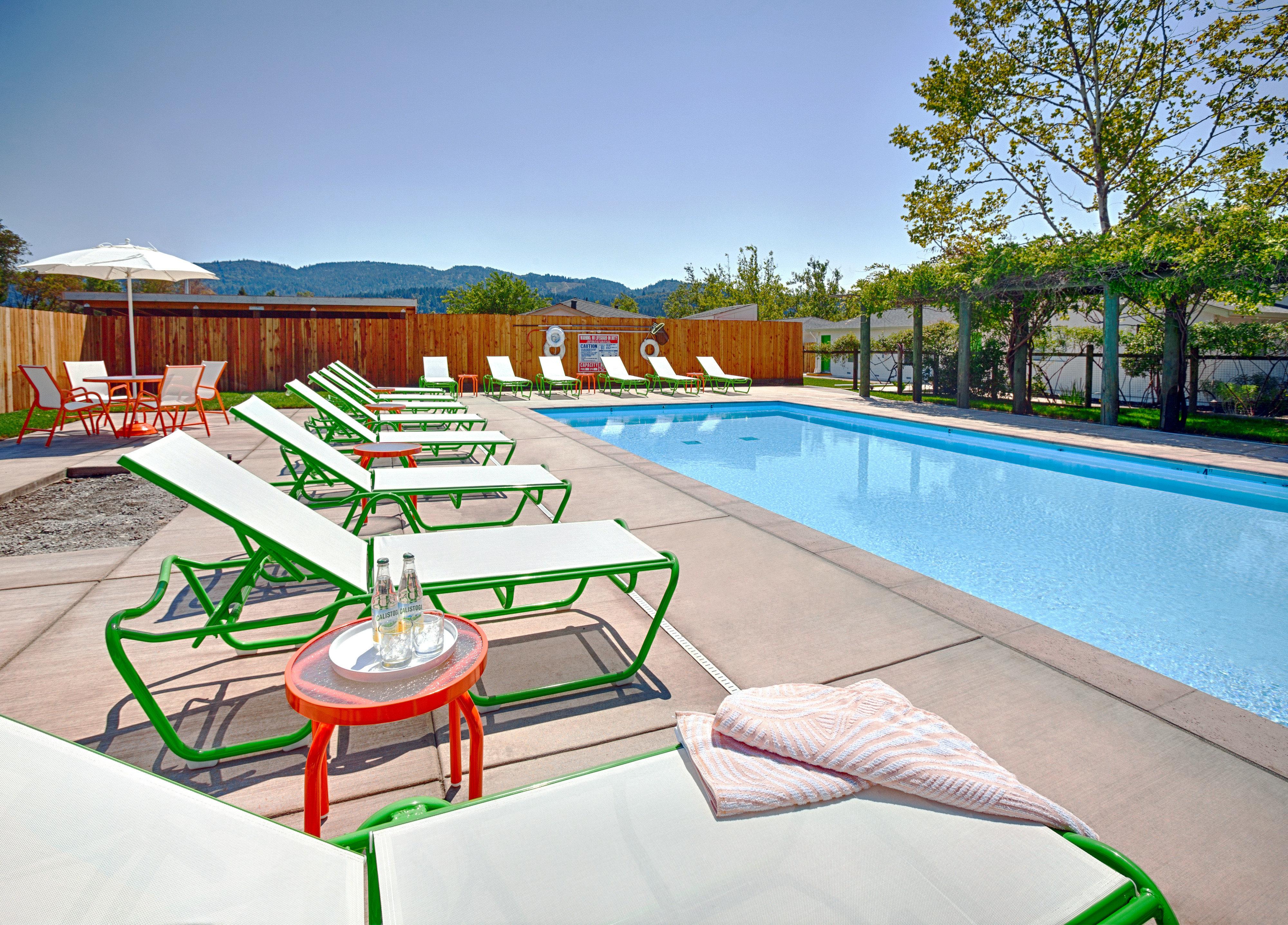 Deck Lounge Modern Patio Pool sky ground leisure swimming pool property Resort Water park backyard condominium