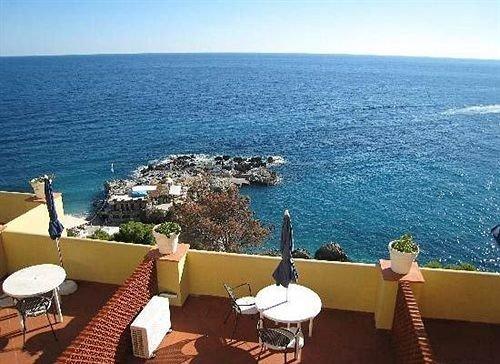 water sky chair property Ocean Resort Sea caribbean overlooking Nature cape Villa shore Deck