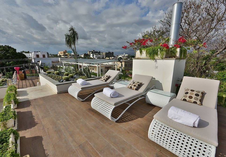 Deck Patio Rooftop Terrace property condominium home outdoor structure Villa backyard cottage