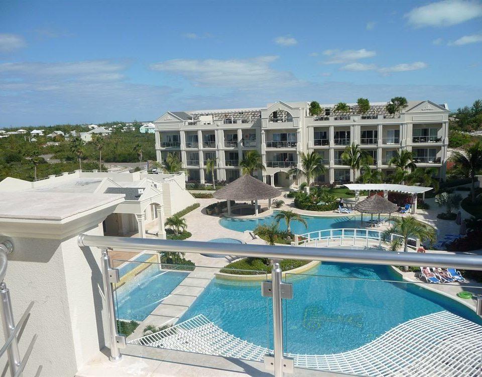 Play Pool Resort property swimming pool building condominium Villa marina resort town mansion lawn Deck