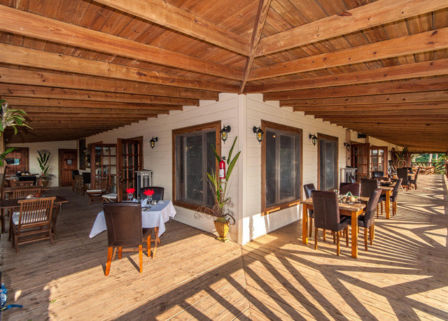 property building home log cabin outdoor structure cottage porch Resort Deck