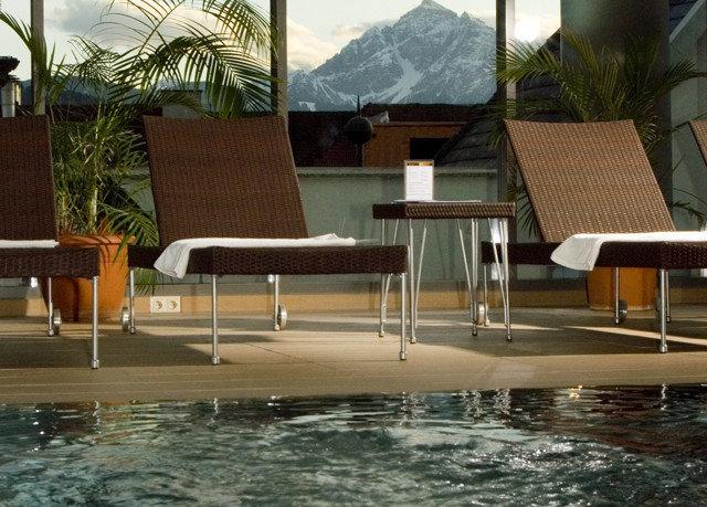 swimming pool chair property Villa outdoor structure condominium Deck backyard Resort