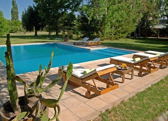 tree grass swimming pool property leisure park backyard Villa Resort lawn yard cottage Deck