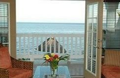 building property condominium Resort cottage home Villa porch door Deck