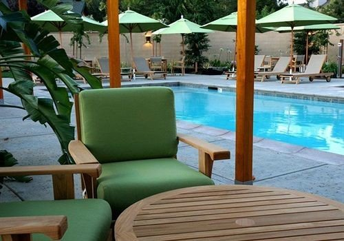 chair green swimming pool property Resort building leisure condominium Villa eco hotel cottage caribbean Deck porch set