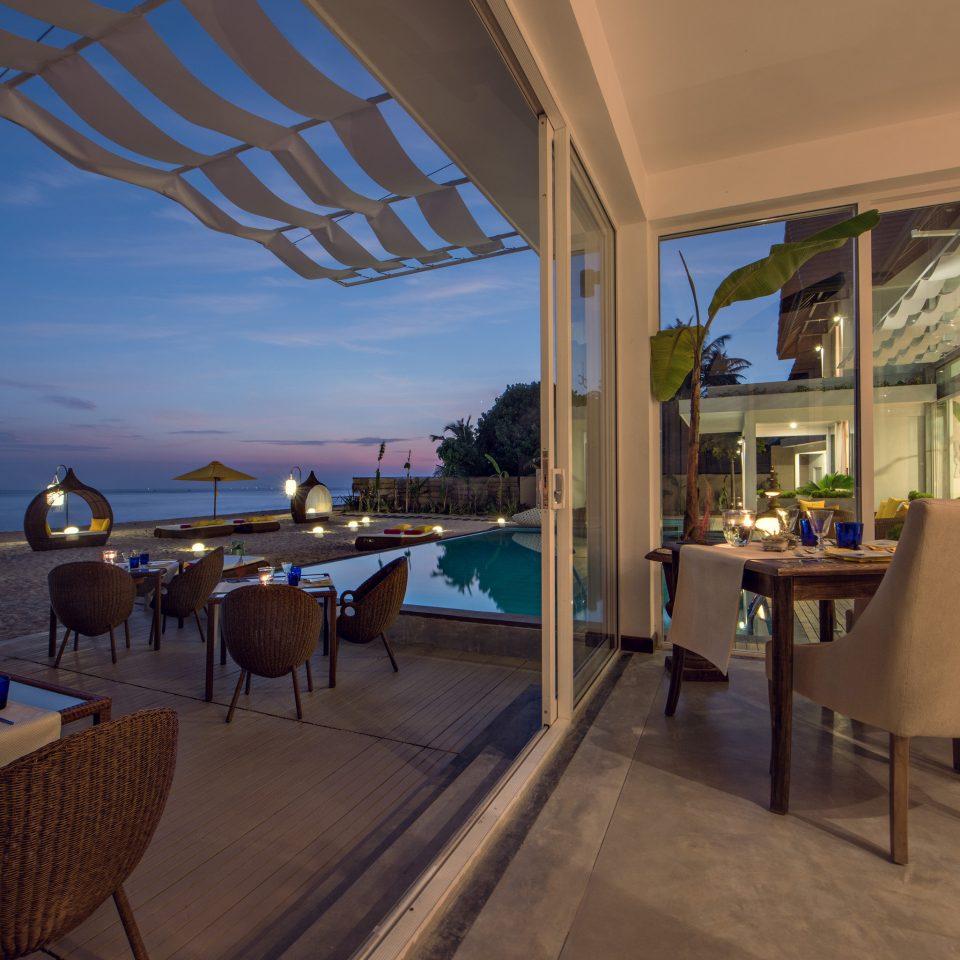 chair property Resort restaurant Villa condominium Deck