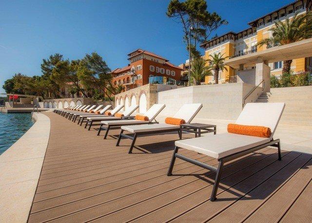 sky property walkway leisure outdoor structure Villa swimming pool Deck home condominium Resort