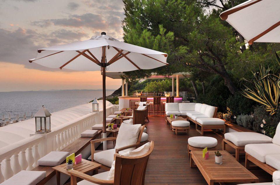 tree property Resort restaurant Villa cottage outdoor structure Deck