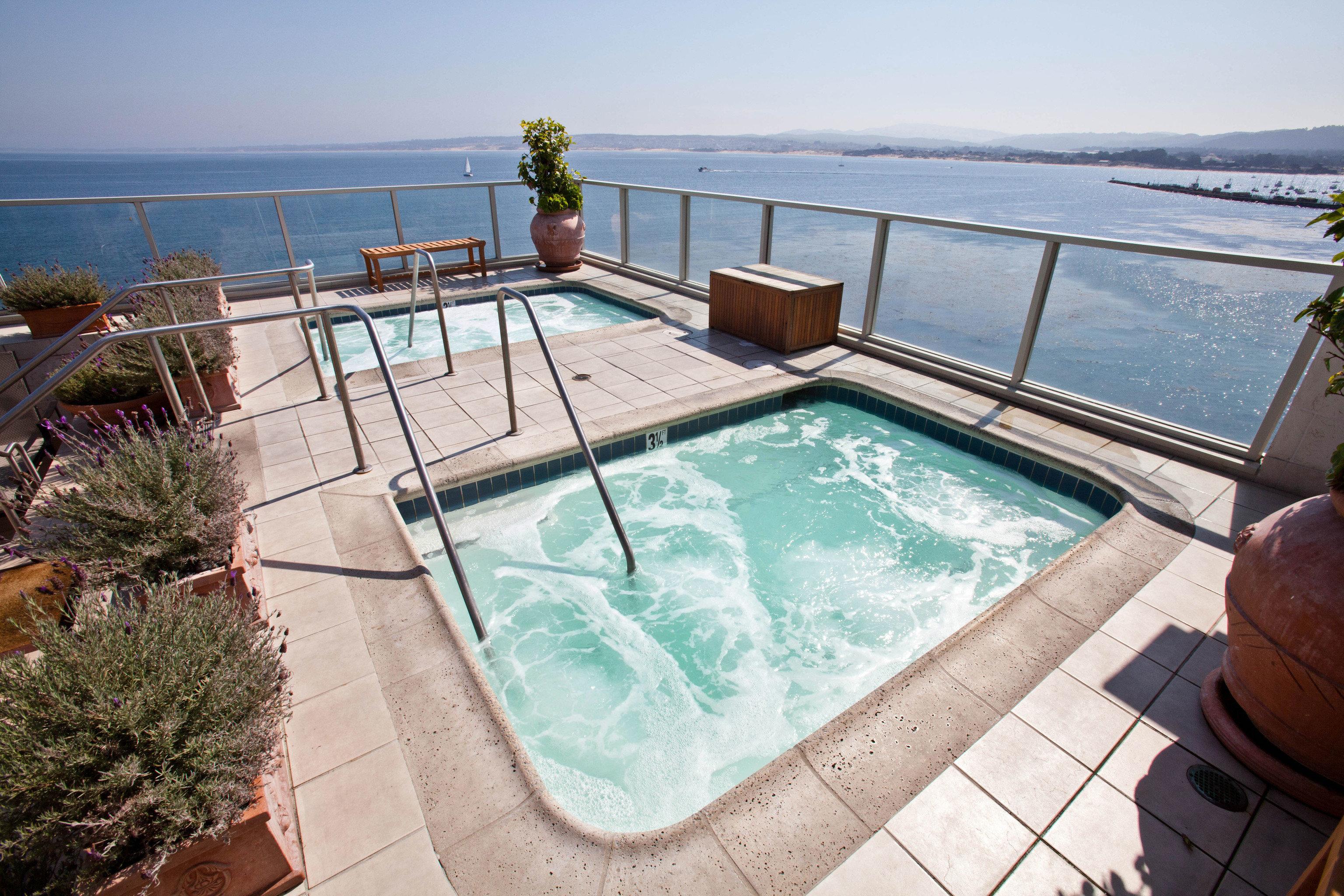 sky swimming pool property vehicle Villa yacht Resort passenger ship Deck