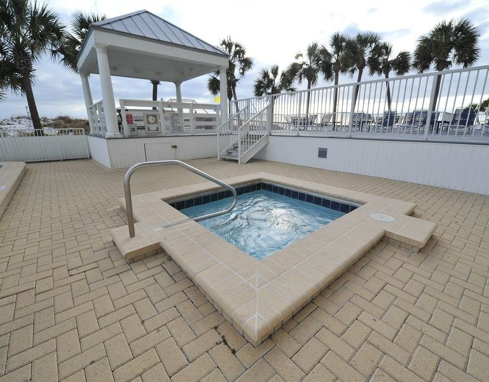 sky swimming pool property Villa outdoor structure backyard Deck