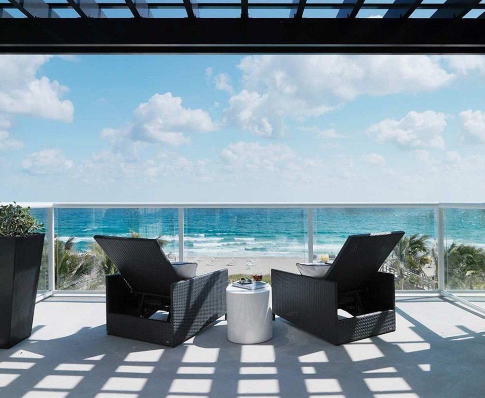 property swimming pool condominium Villa Deck