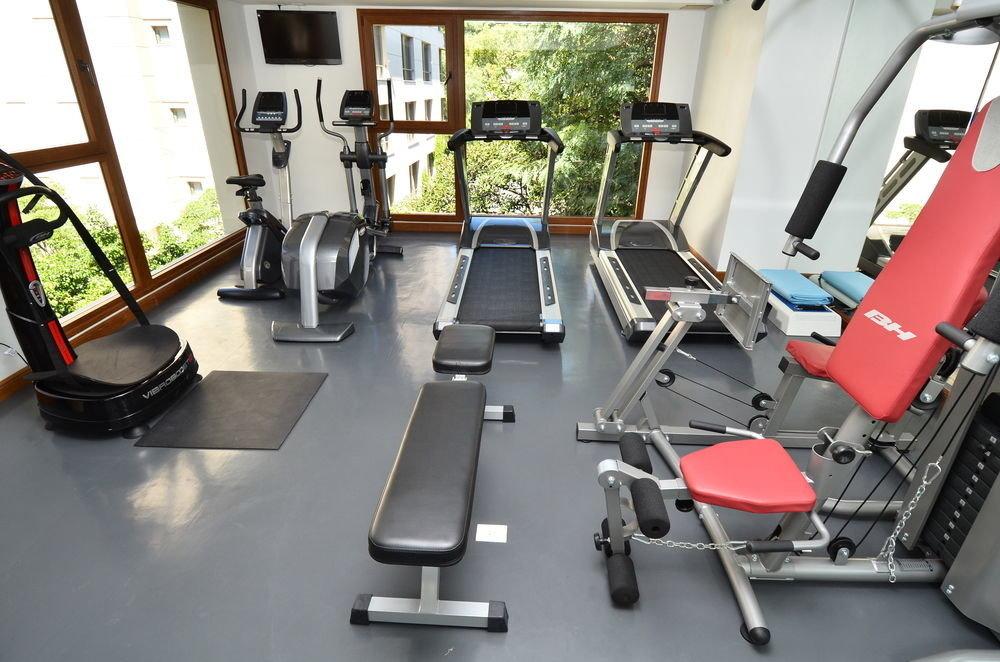 structure gym sport venue desk exercise machine leg extension office