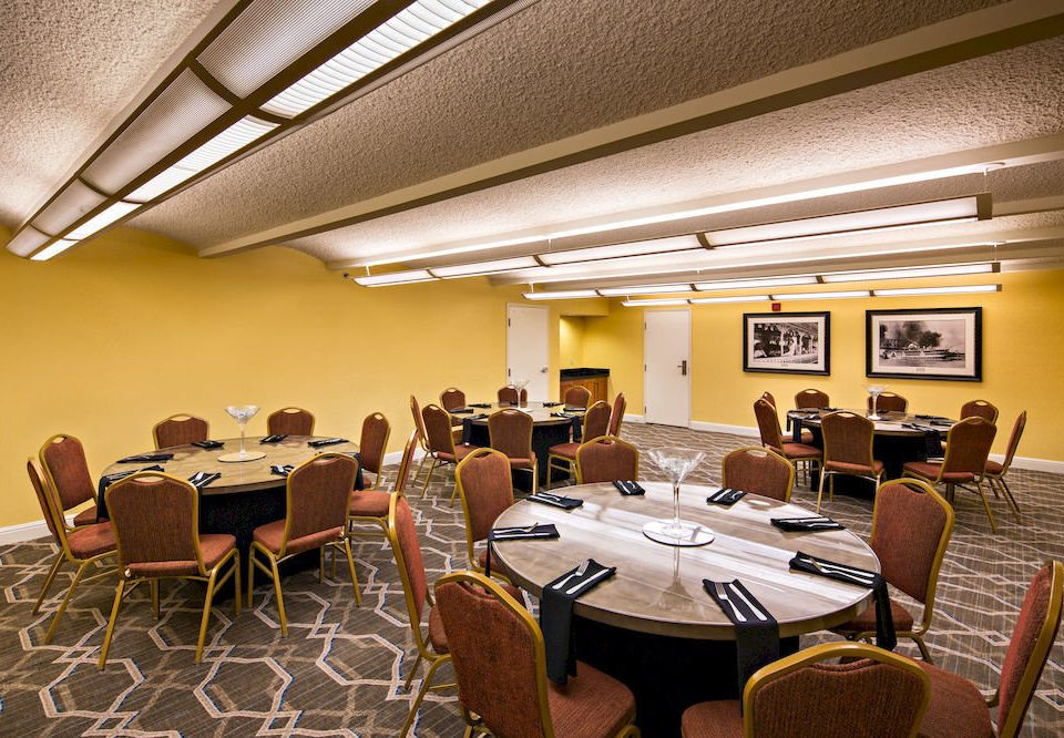 chair conference hall function hall Dining restaurant meeting convention center auditorium academic conference convention ballroom set