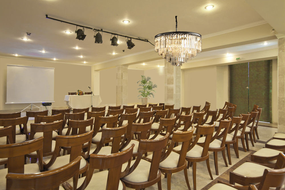 chair function hall conference hall auditorium Dining scene meeting banquet ballroom convention center restaurant lined