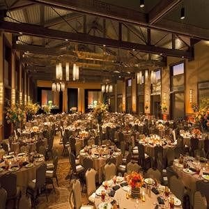 filled many function hall long banquet scene Dining full lots ballroom restaurant buffet convention center lined