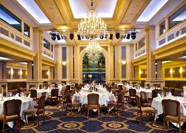 function hall ballroom palace conference hall convention center restaurant banquet Dining