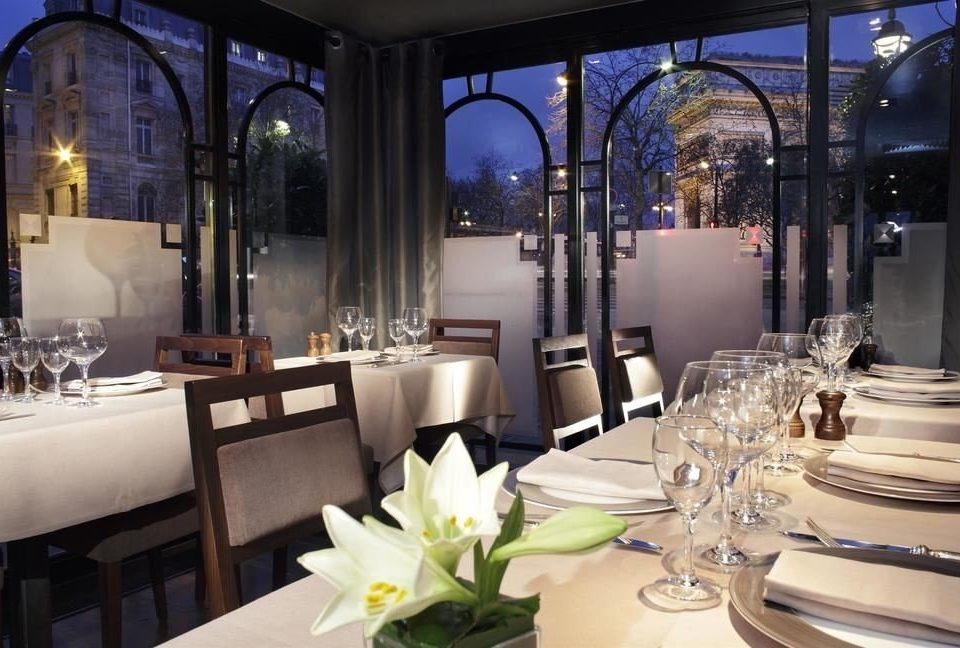Dining restaurant function hall lighting wedding reception ballroom fancy set dinner dining table