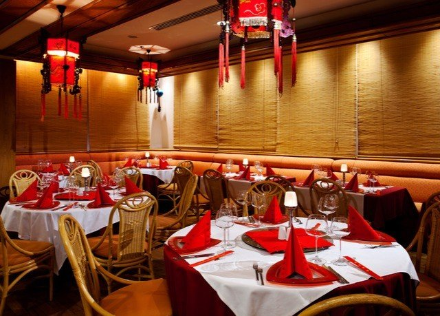 restaurant function hall red banquet dinner Dining
