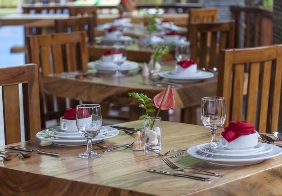 Dining restaurant wooden lunch dining table brunch dinner
