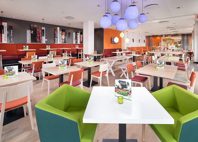 green restaurant cafeteria lunch Dining classroom function hall