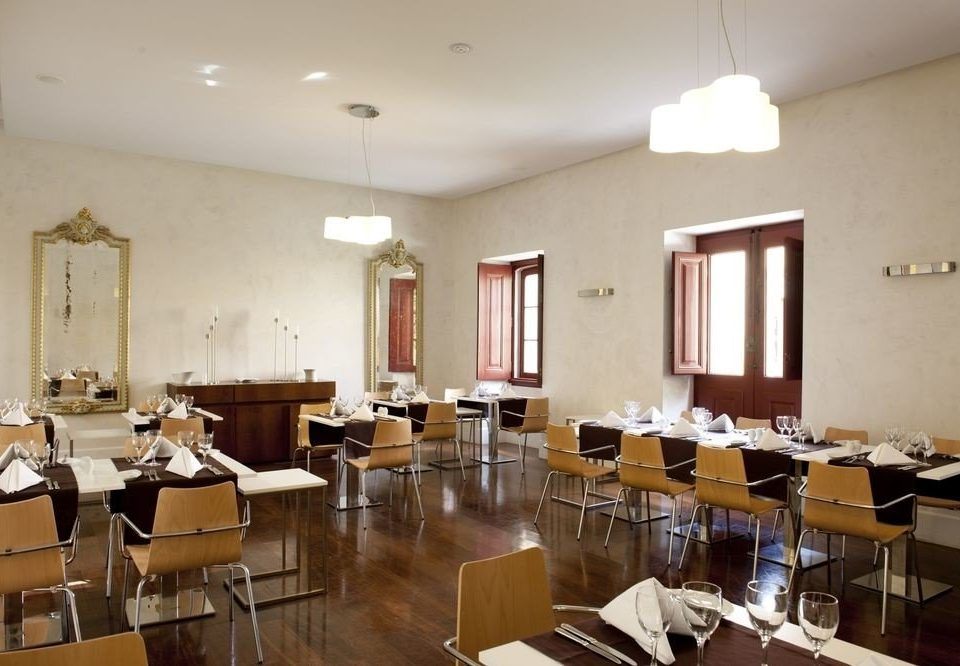property restaurant function hall conference hall cafeteria Dining