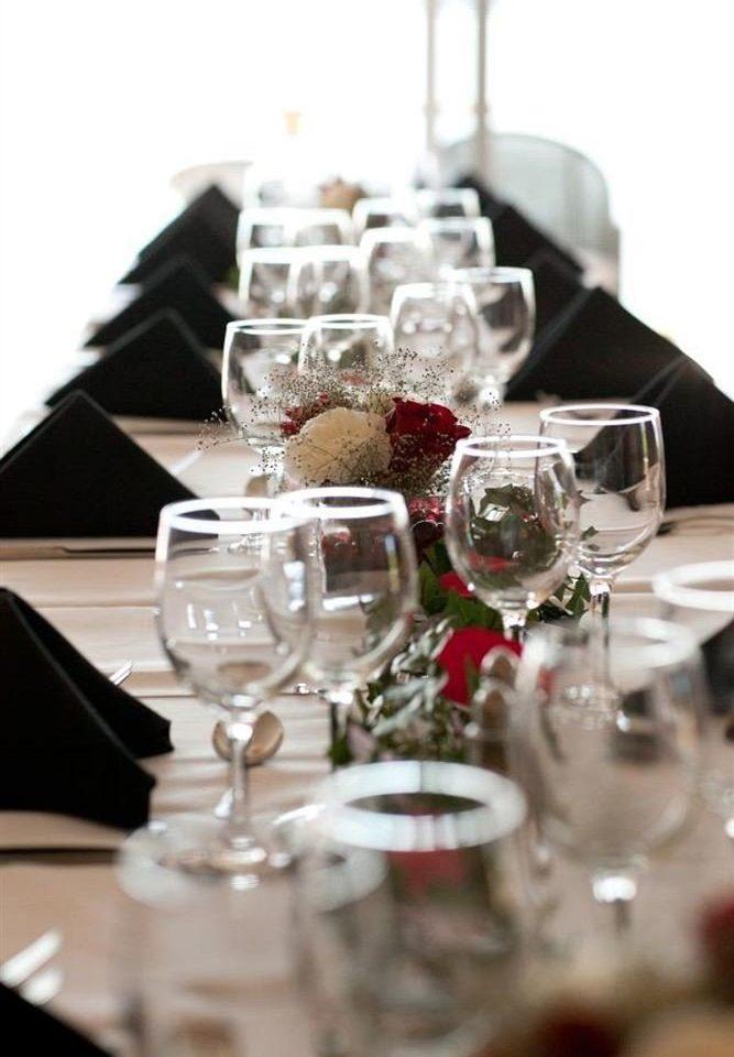 wine glasses centrepiece Dining empty wedding ceremony lighting christmas decoration dinner set dining table