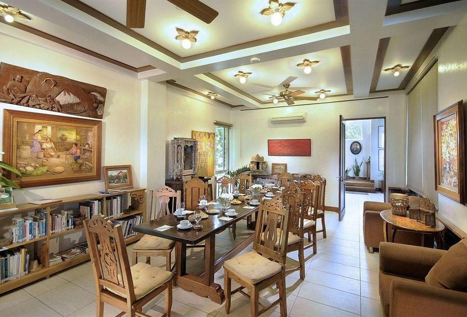 chair property restaurant Dining living room home condominium cottage