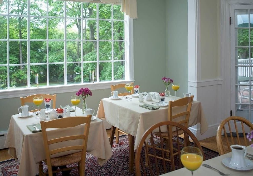 property restaurant cottage home Dining dining table