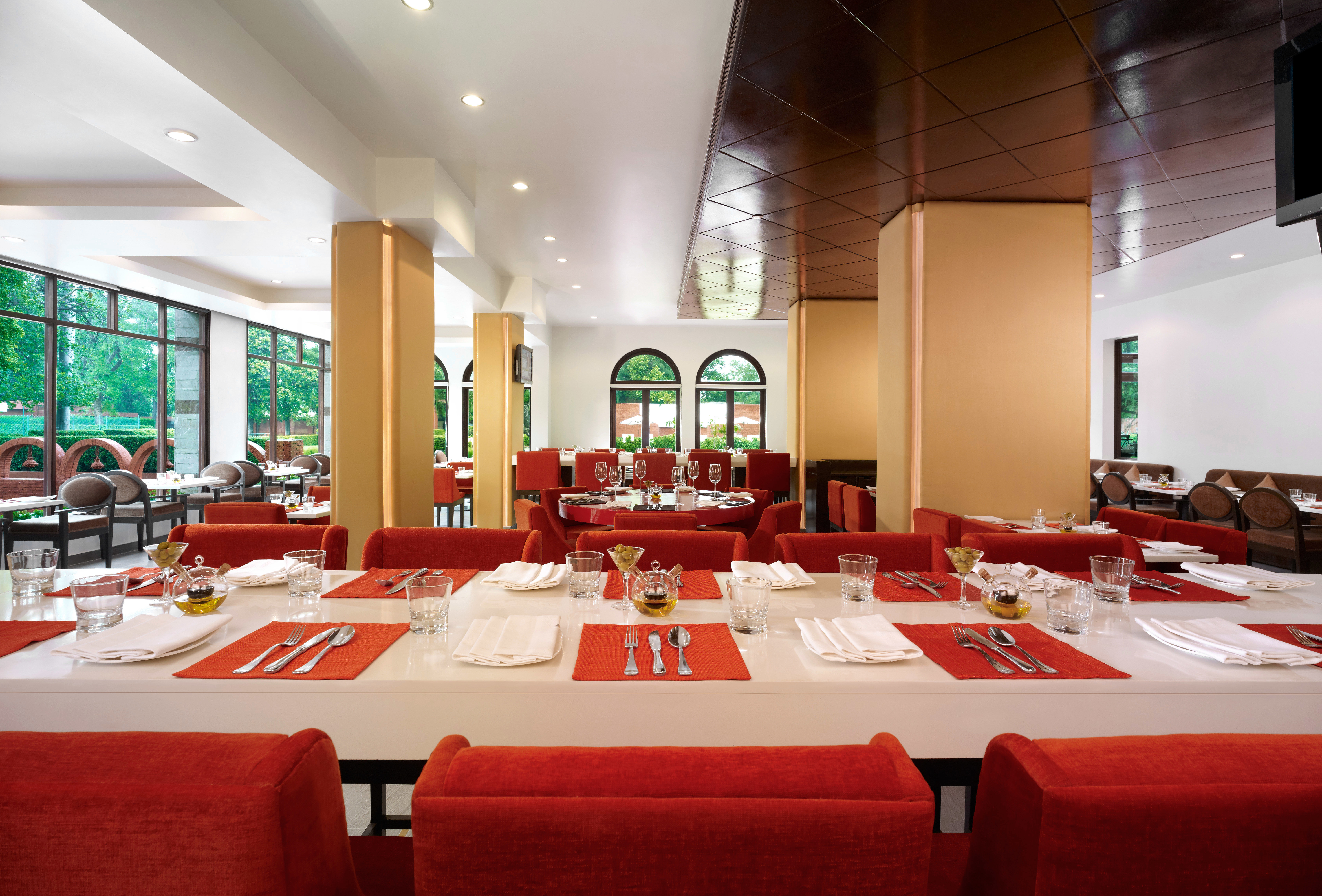 Dining Drink Eat function hall red conference hall restaurant convention center ballroom dining table