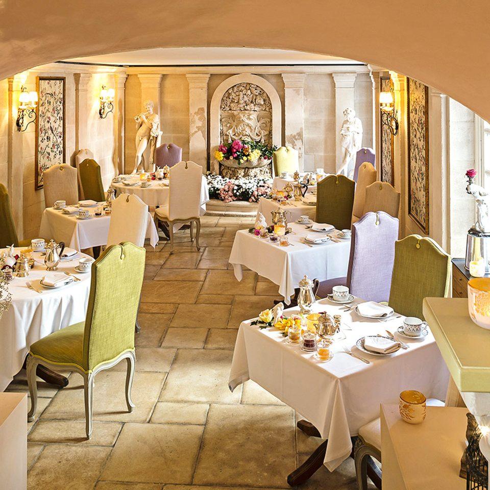 Dining Drink Eat function hall restaurant wedding ballroom