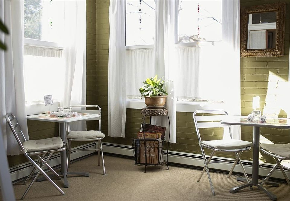 Dining Drink Eat chair property home living room cottage condominium farmhouse window treatment