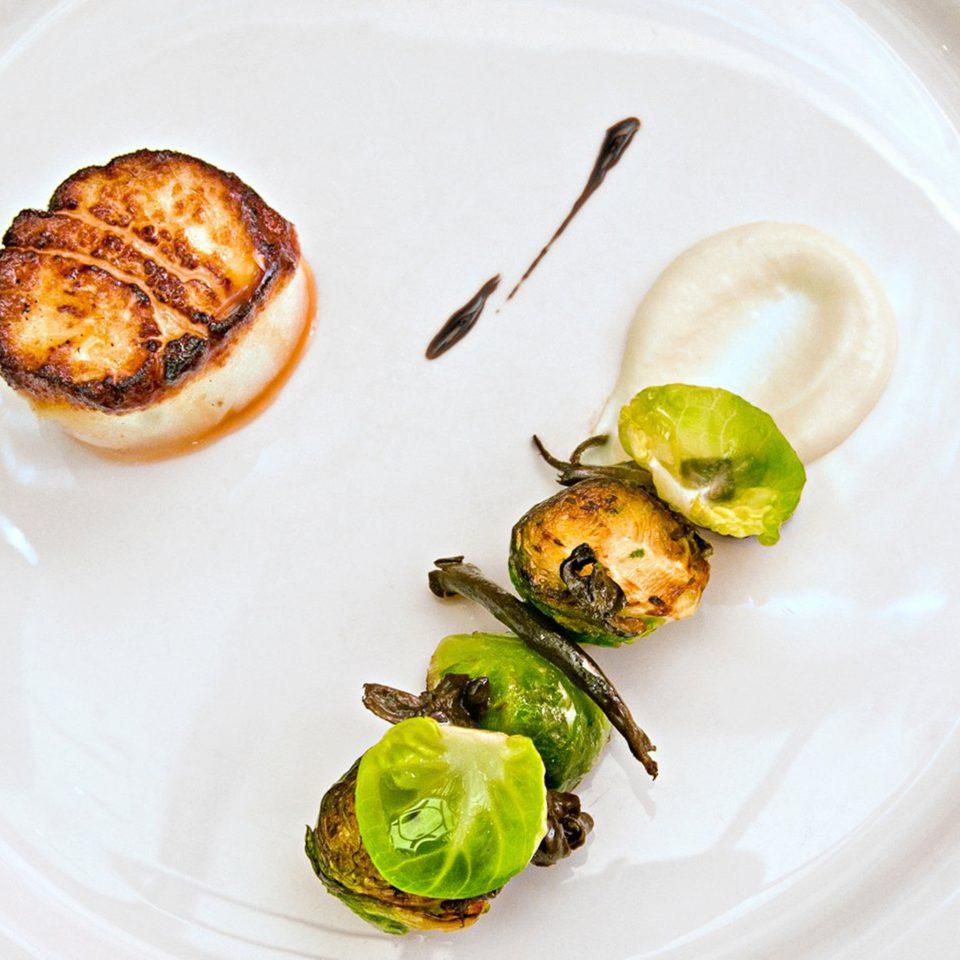 Dining Drink Eat plate food vegetable land plant cuisine flowering plant meat containing piece de resistance