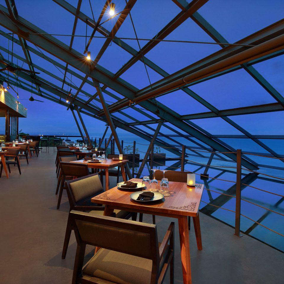 Dining Drink Eat Elegant Luxury Modern blue restaurant vehicle