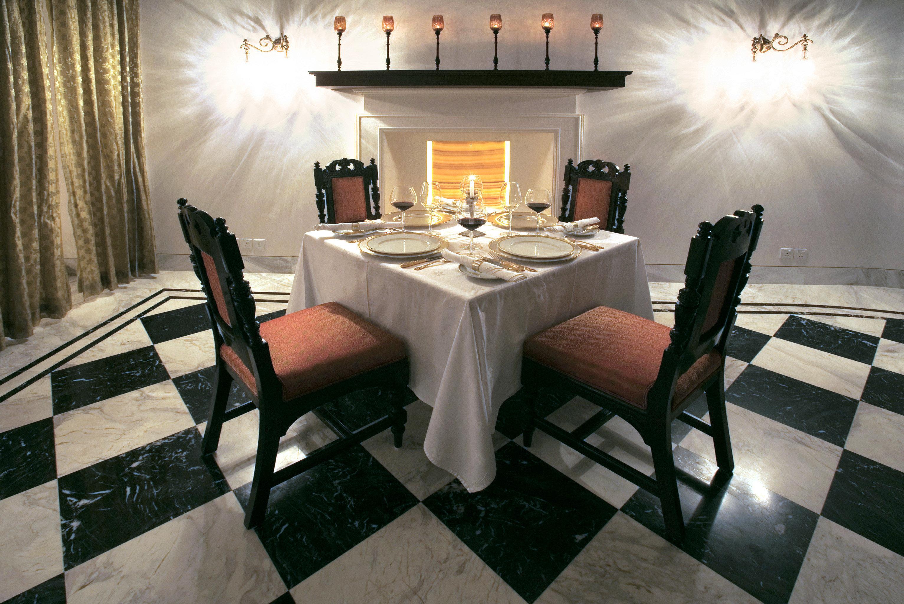Dining Drink Eat Elegant Luxury Resort property home living room lighting restaurant flooring mansion