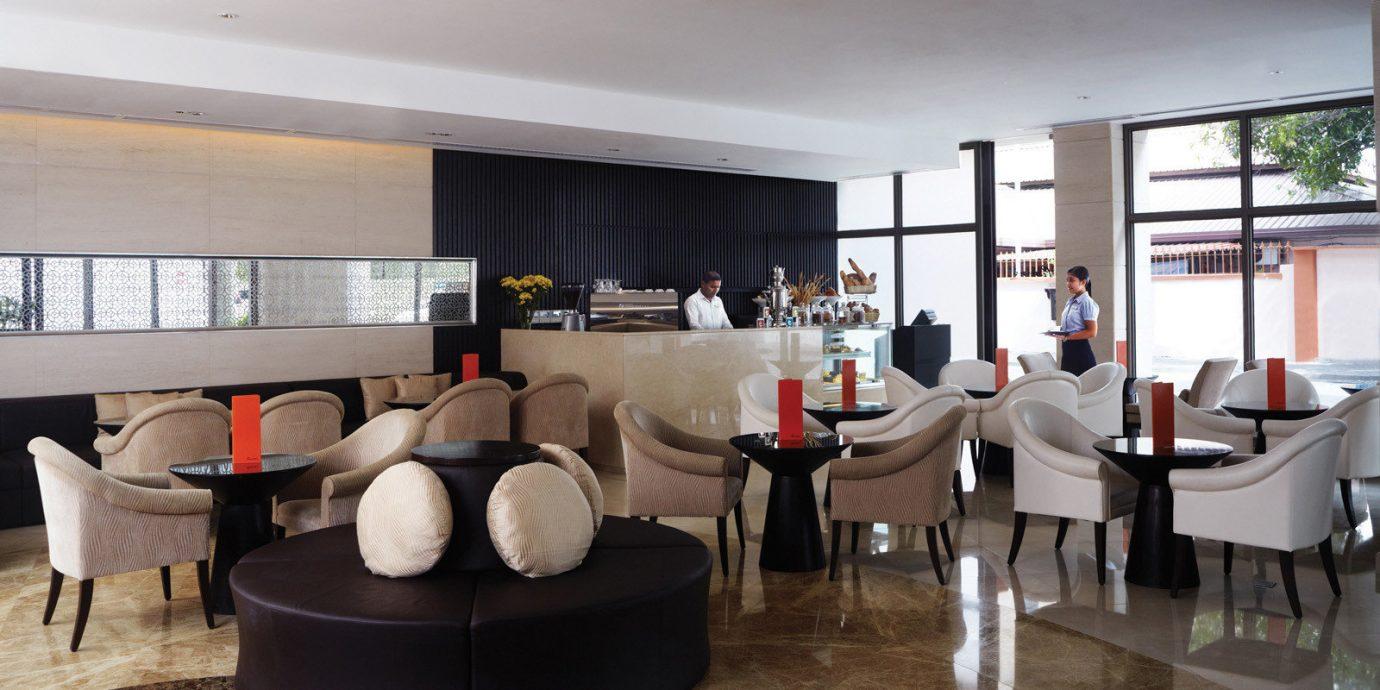 Dining Drink Eat Elegant Luxury Modern Nightlife property Lobby living room home condominium