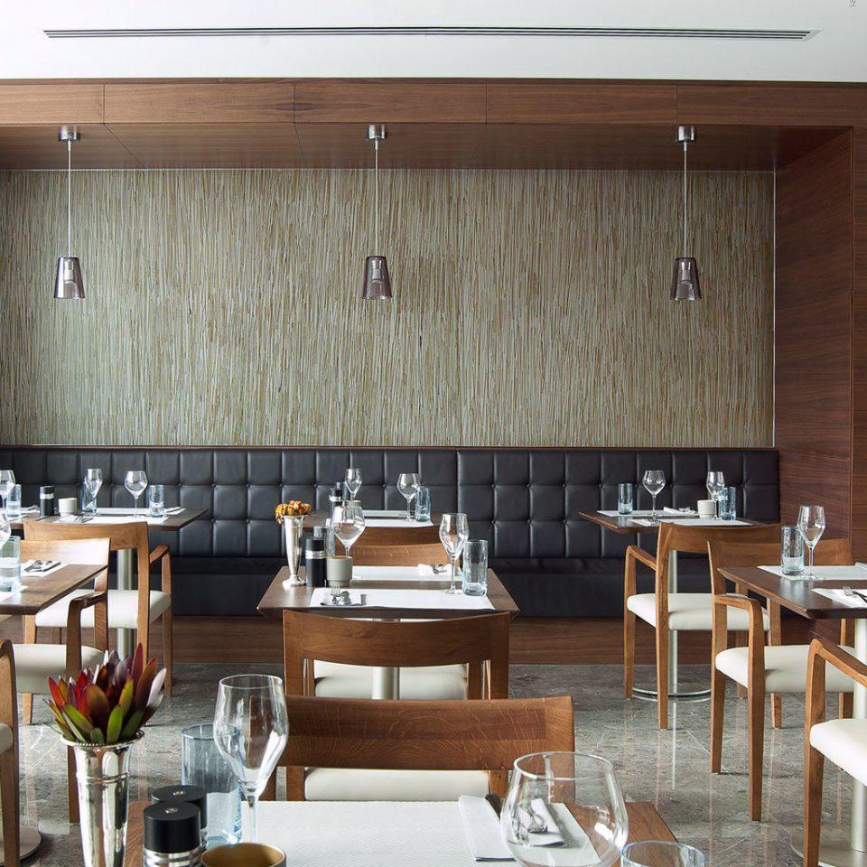 Dining Drink Eat Elegant Lounge Modern chair property restaurant Kitchen