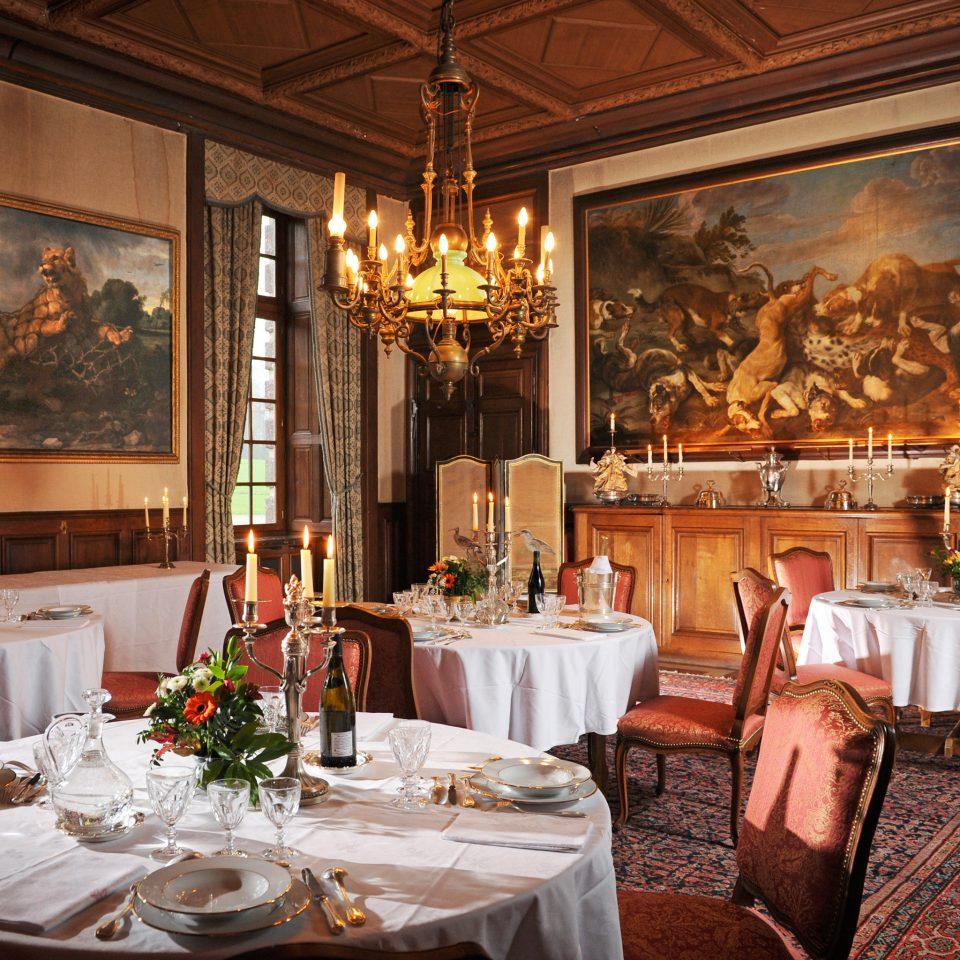 Dining Drink Eat Elegant Historic Honeymoon Romance Romantic restaurant function hall ballroom fancy