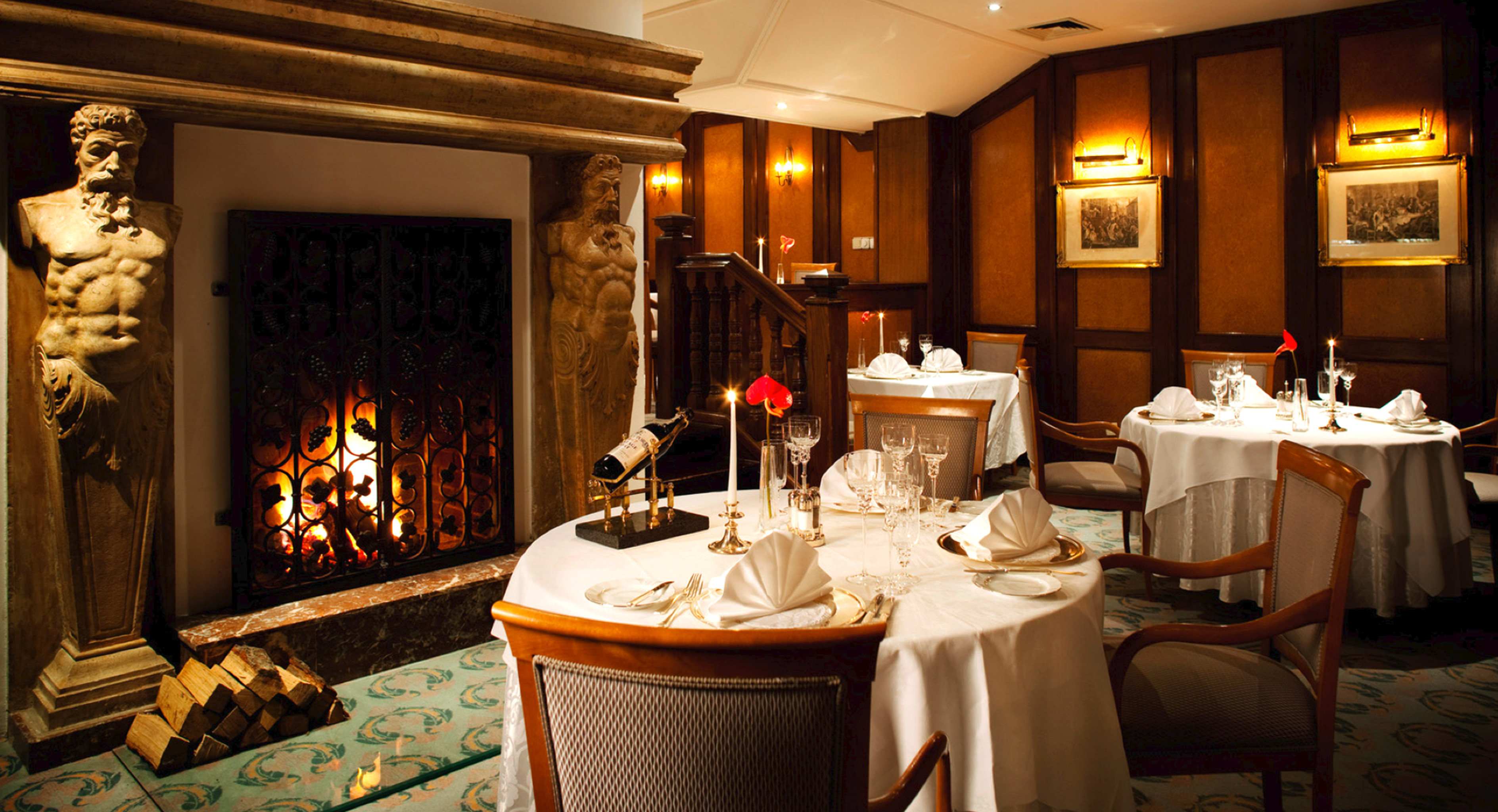 Dining Drink Eat Elegant restaurant function hall