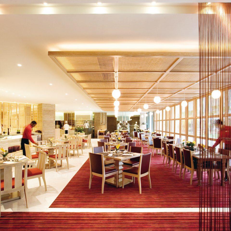 Dining Drink Eat Elegant Luxury Resort chair function hall Lobby restaurant aisle convention center ballroom
