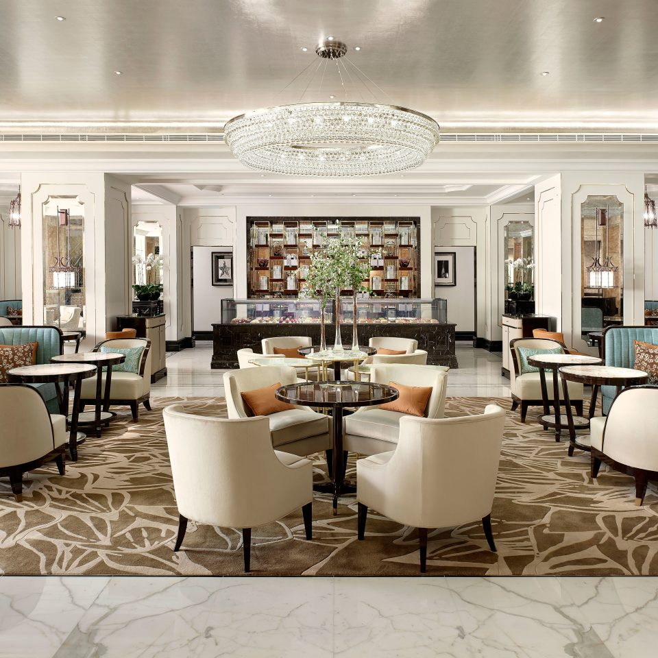 Dining Drink Eat Elegant Luxury Resort property Lobby living room home function hall restaurant mansion