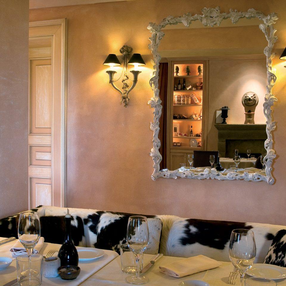 Dining Drink Eat Elegant Luxury living room lighting home restaurant