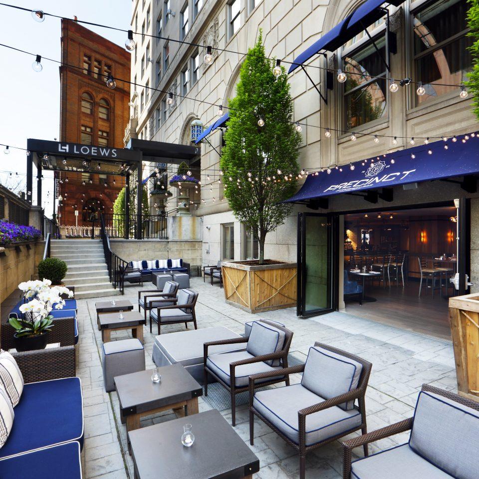 Dining Drink Eat Elegant Historic Lounge Modern Outdoors Patio Terrace property restaurant home condominium vehicle cottage